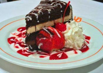 Mousse Chocolate Cake